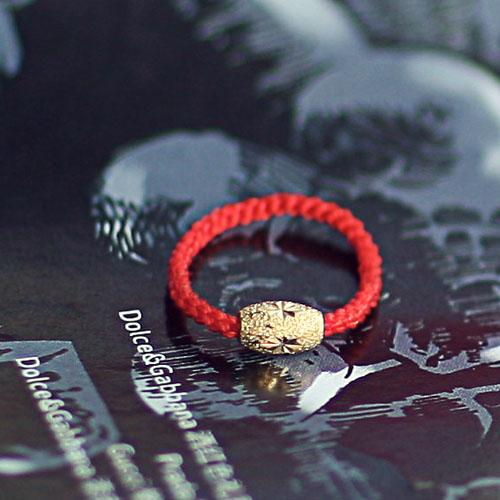 手镯上红绳缠法图解