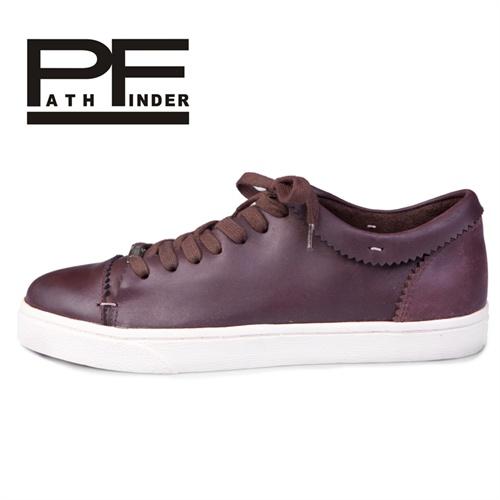 2013新款板鞋 低帮牛皮鞋