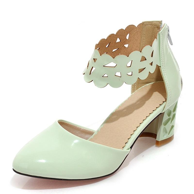 阿伊唯2014新款韩版小清新甜美中跟凉鞋镂空花边腕带